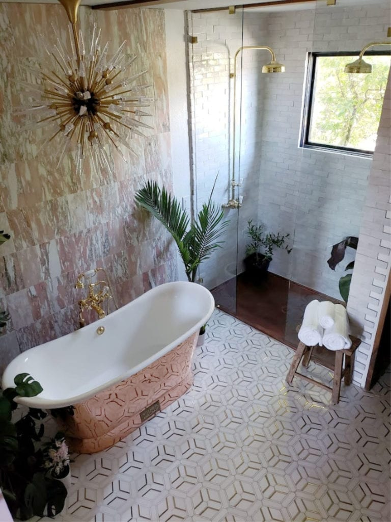 Eclectic Twist Bathroom 01